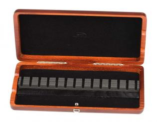 Wood case for 14 oboe reeds