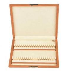 Leather case for 40 oboe reeds